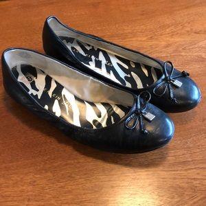 Anne Klein Iflex Ballet Flats.
